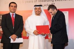 Rabee Jaber, il primo da sinistra, durante la cerimonia di premiazione dell'Arabic Booker 2012 ad Abu Dhabi