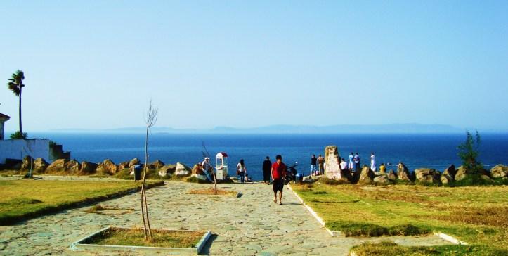 Vista dai resti del cimitero fenicio